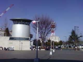 ちょっと見づらいけど風車があります