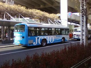 大学のバス